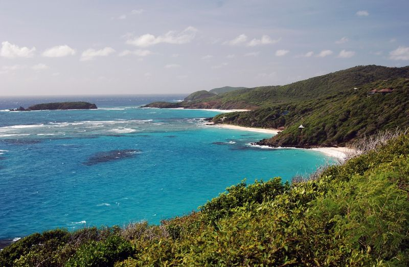 mustique villa rental and beaches